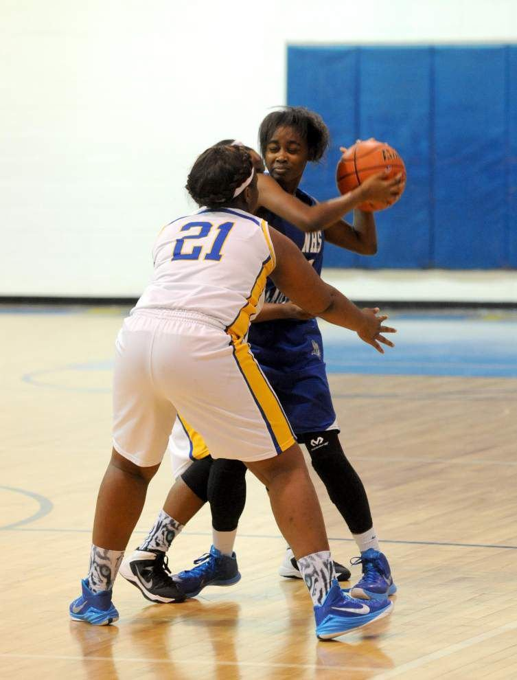 Lady Tigers outlast Lady Vikings to claim victory in overtime _lowres