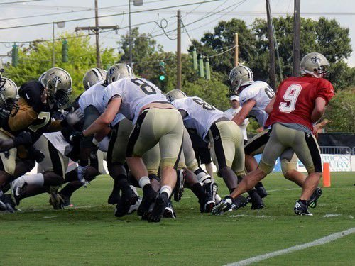 Saints battle the heat at Tuesday's practice_lowres