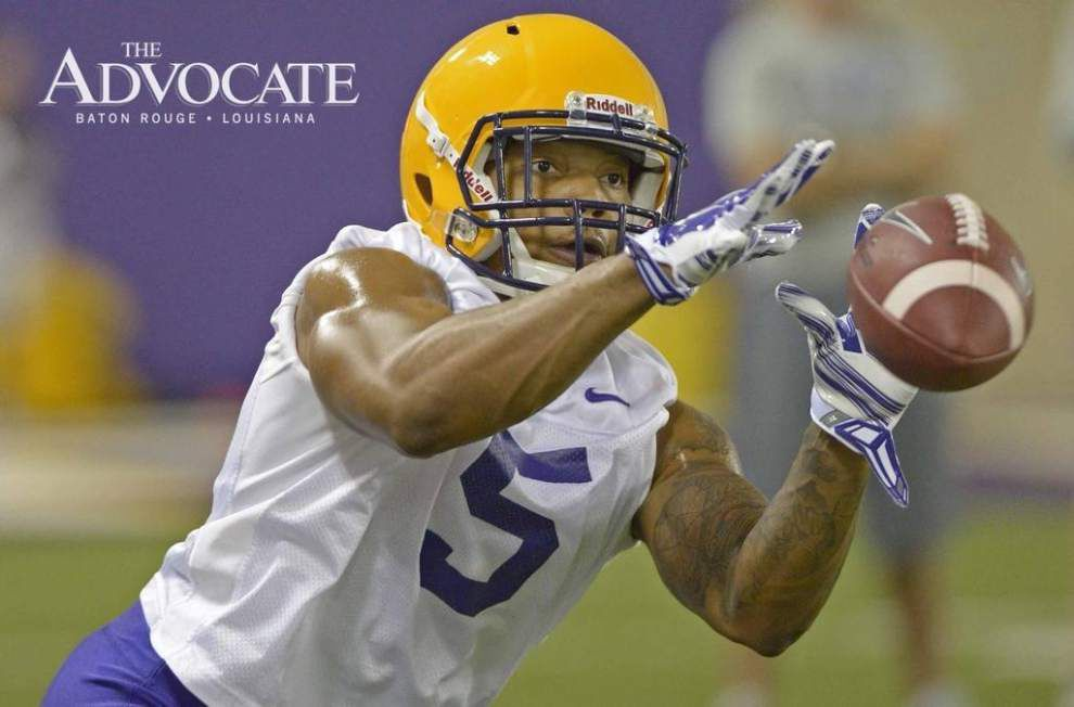 LSU afternoon practice report, Day 1: Corey Thompson returns, frosh running backs and offensive linemen workout _lowres