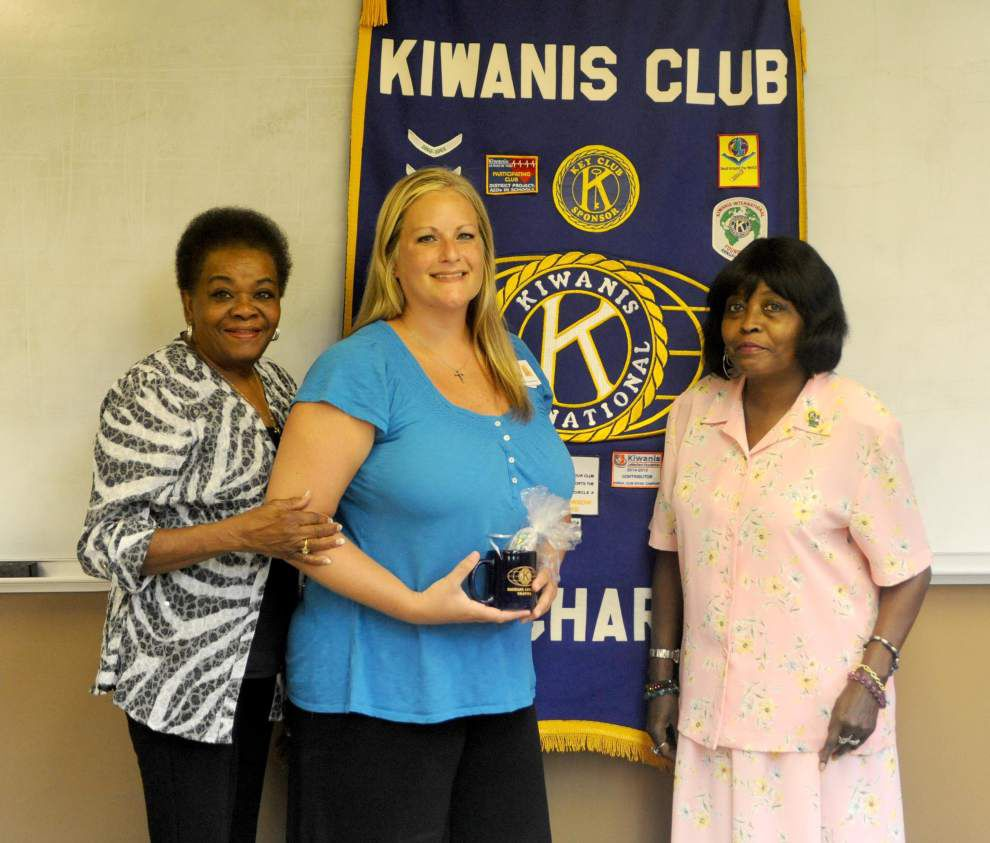 Kiwanis hears about mental health _lowres