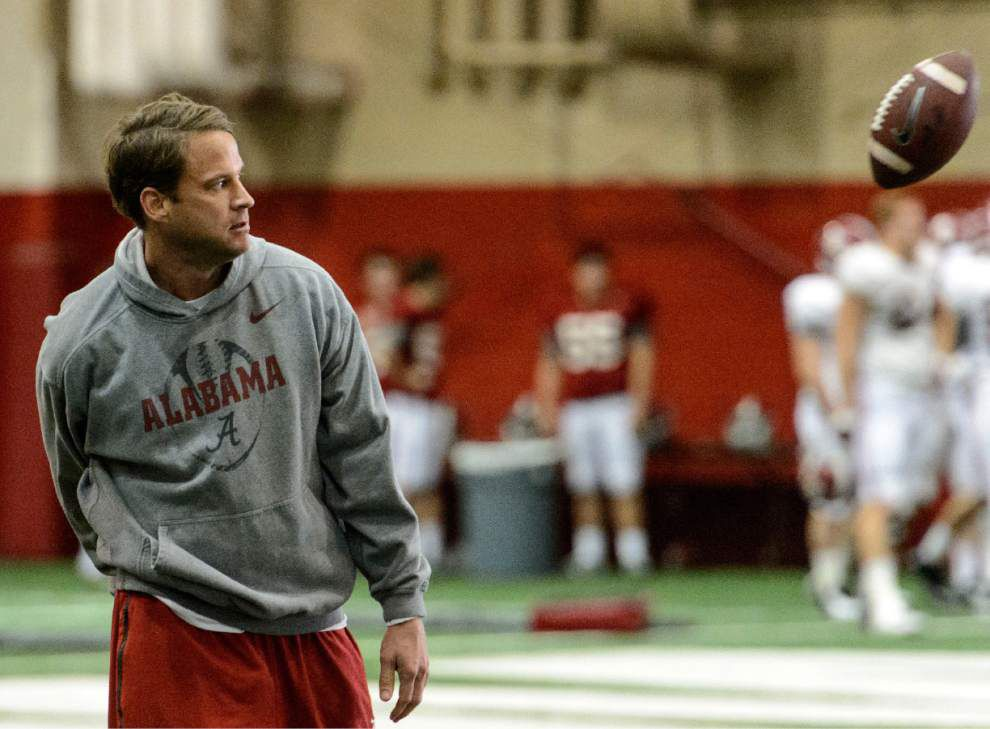 Lewis: Lane Kiffin has Bama offense on a roll _lowres