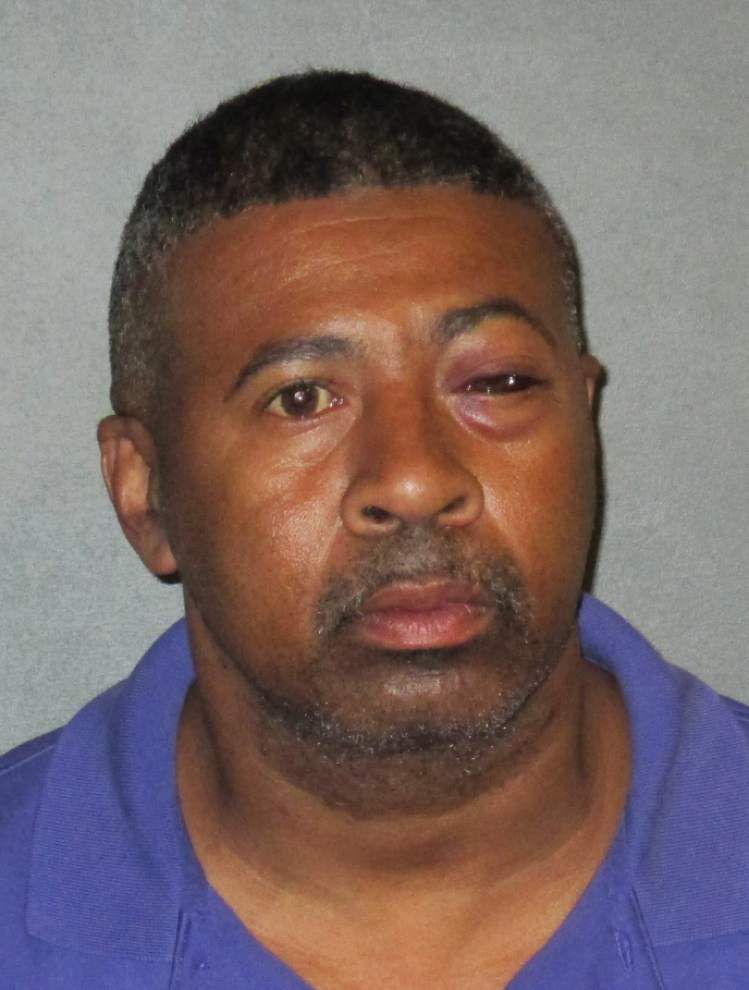 Baton Rouge man accused of molesting 13-year-old girl _lowres