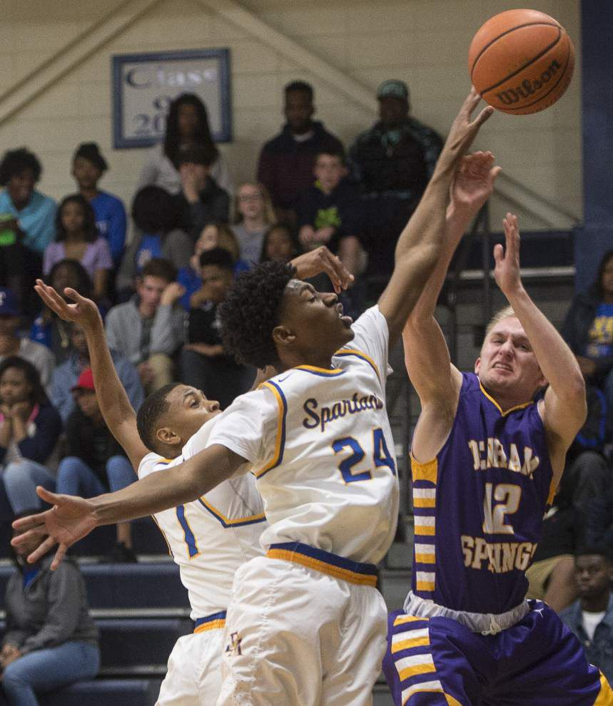 Boys basketball playoffs: Fast start helps East Ascension take victory _lowres