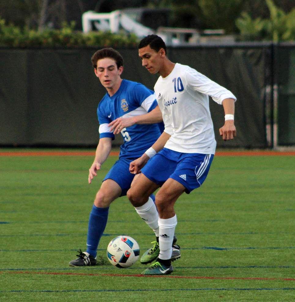 Jesuit edges Vandebilt Catholic in soccer _lowres