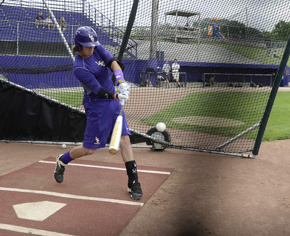 Photos: LSU practice for CWS _lowres