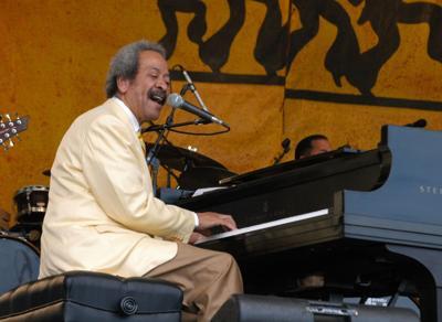 NO.jazzfest50.jazzfest2006.toussaint.jpg