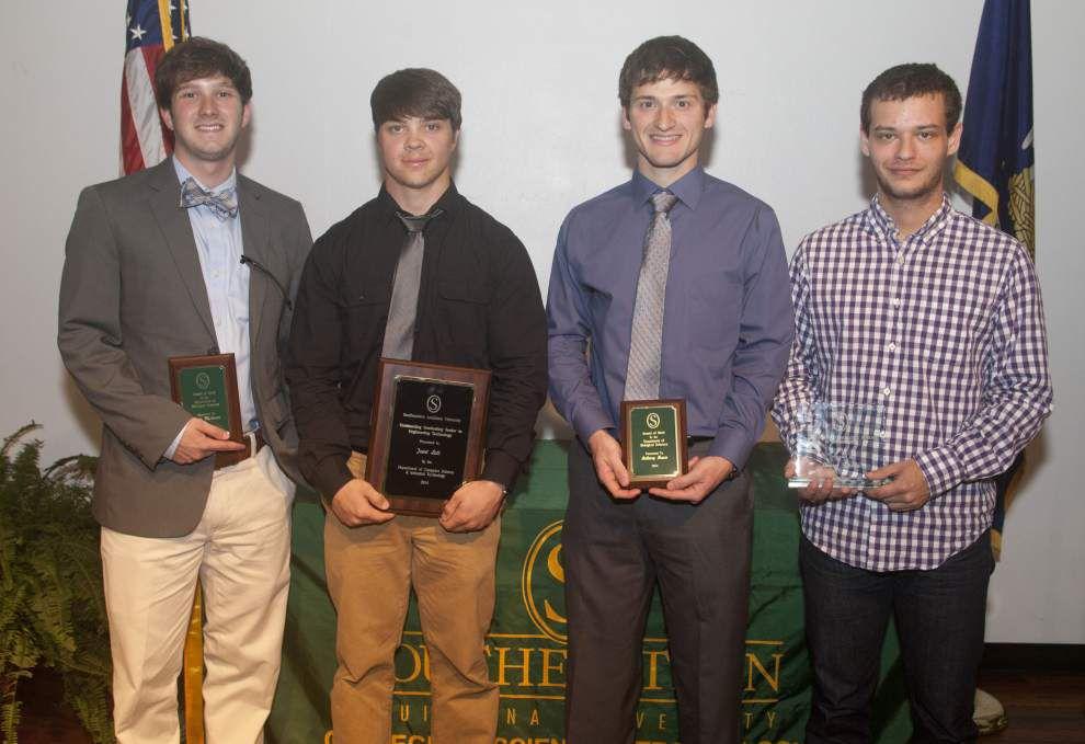 SLU honors outstanding students _lowres