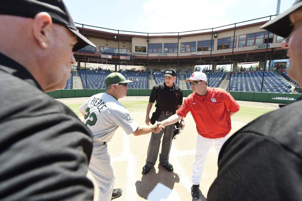 Tulane loses 5-3 to Houston; Wave will face UCF on Friday morning in AAC tournament _lowres