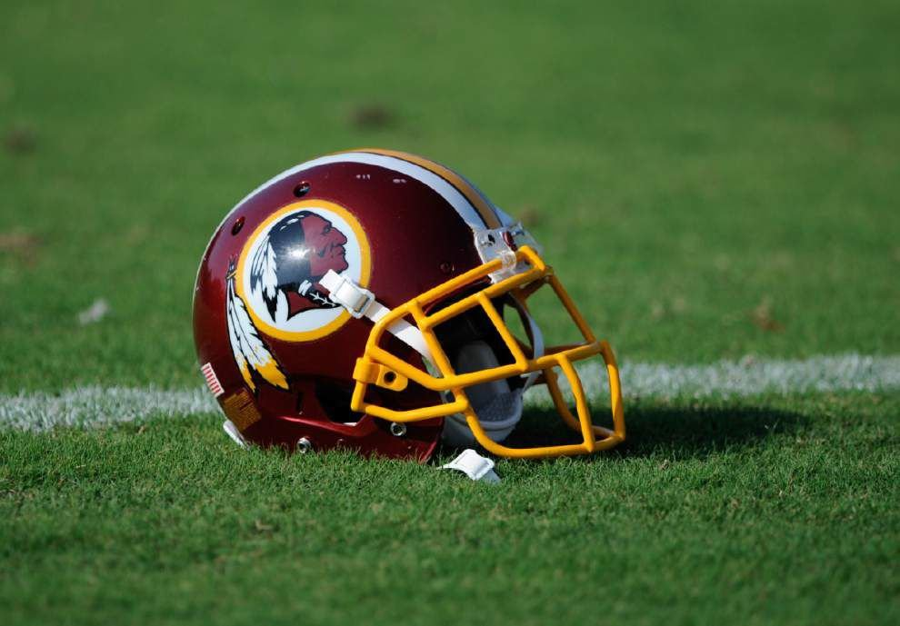Trademark board rules against Redskins name _lowres