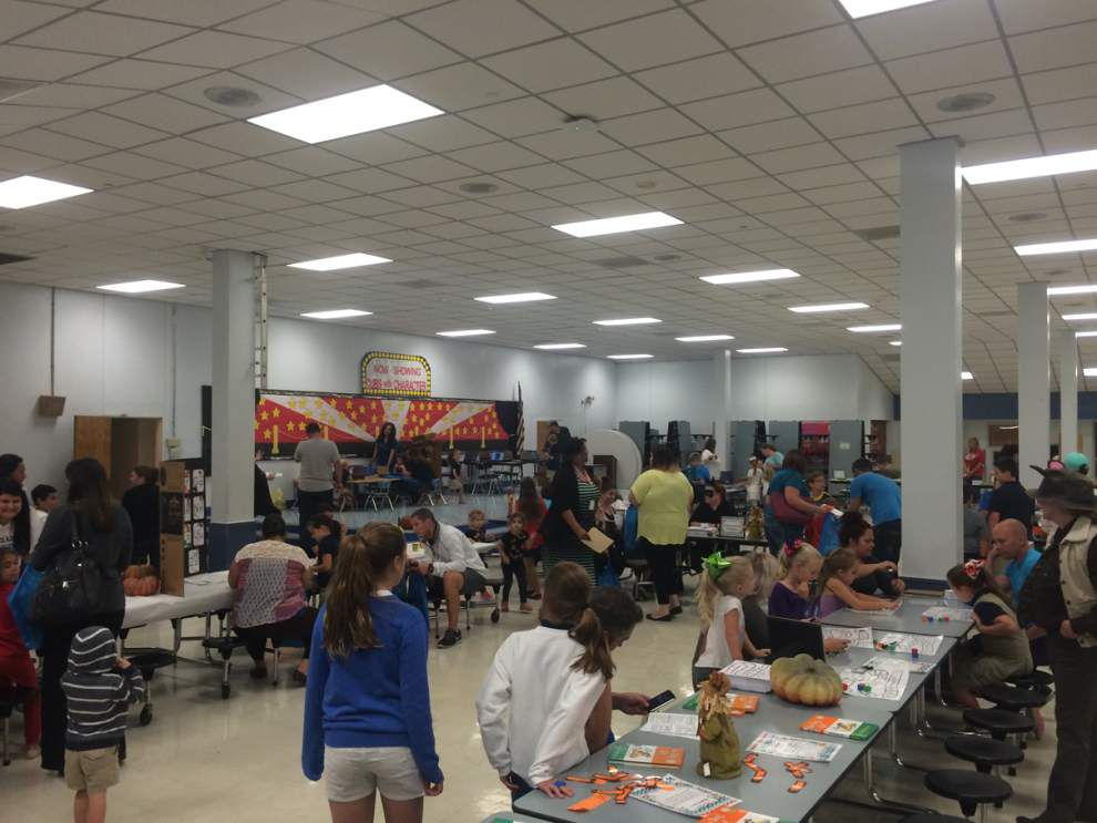 St. Amant Primary hosts Family Literacy Night _lowres