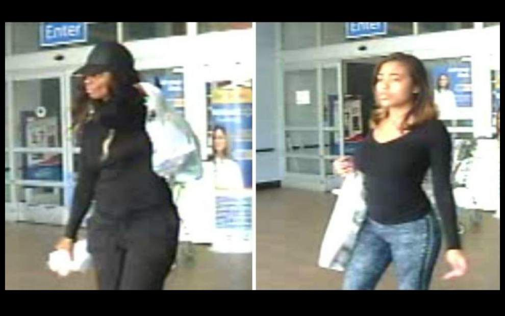 Crowley police seeking two women shown using stolen credit card _lowres