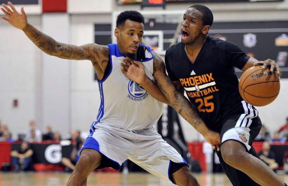 Pelicans sign Kevin Jones, Dionte Christmas and Vernon Macklin to training camp roster _lowres