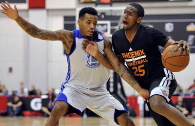 Dionte Christmas.Pelicans Sign Kevin Jones Dionte Christmas And Vernon Macklin To
