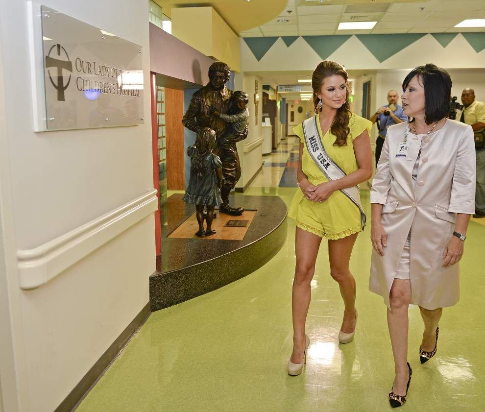 Photos: Reigning Miss USA visits OLOL _lowres