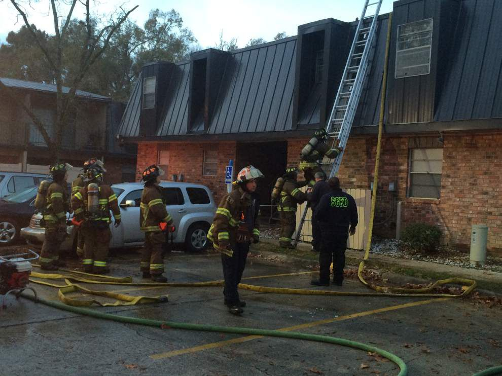 Firefighter injured as fire damages Drusilla Lane apartment building _lowres