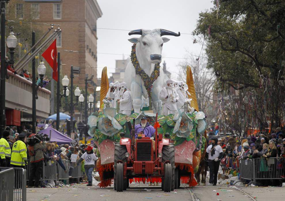 Photos: Rex, King of Carnival presents its 134th Mardi Gras procession _lowres