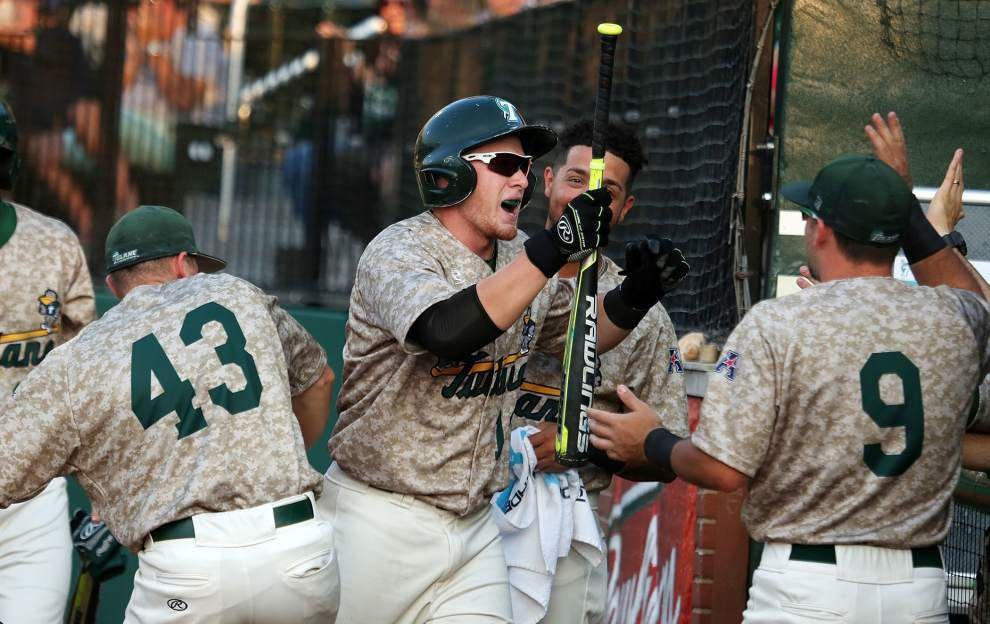 CHAMPS: Tulane clinches American Athletic Conference regular-season title _lowres