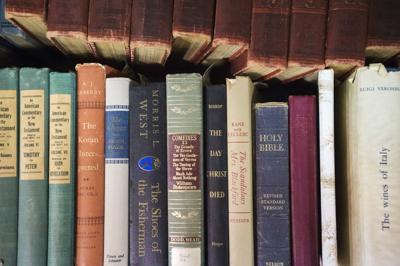 ACA.booksale.001.032919 (copy)