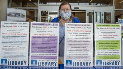 BR.libraryreopening.060220. 0121 bf.JPG