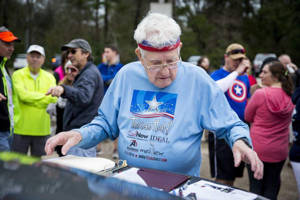 92-year-old running across the country, and through Covington, to raise money for WWII-era ship _lowres