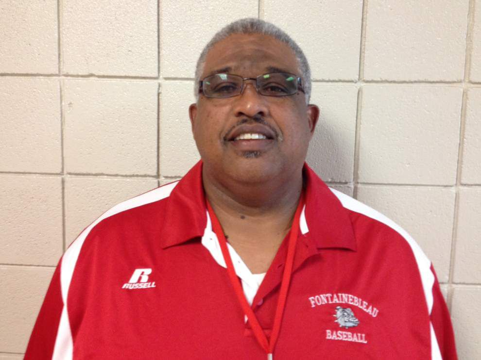 Mike Woods named Fontainebleau baseball coach _lowres