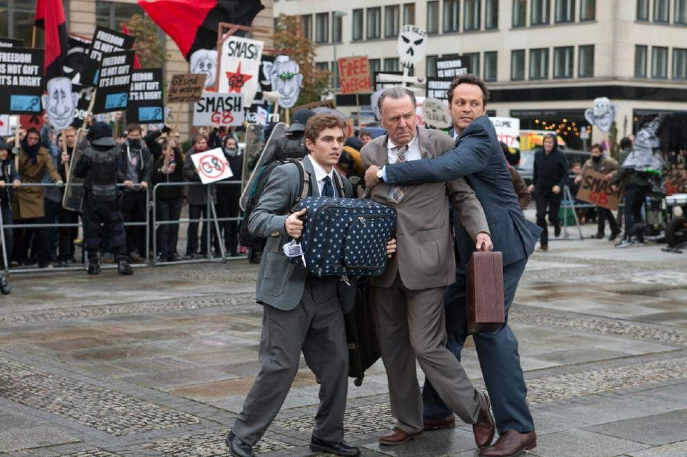 Review: 'Unfinished Business' should never have started _lowres