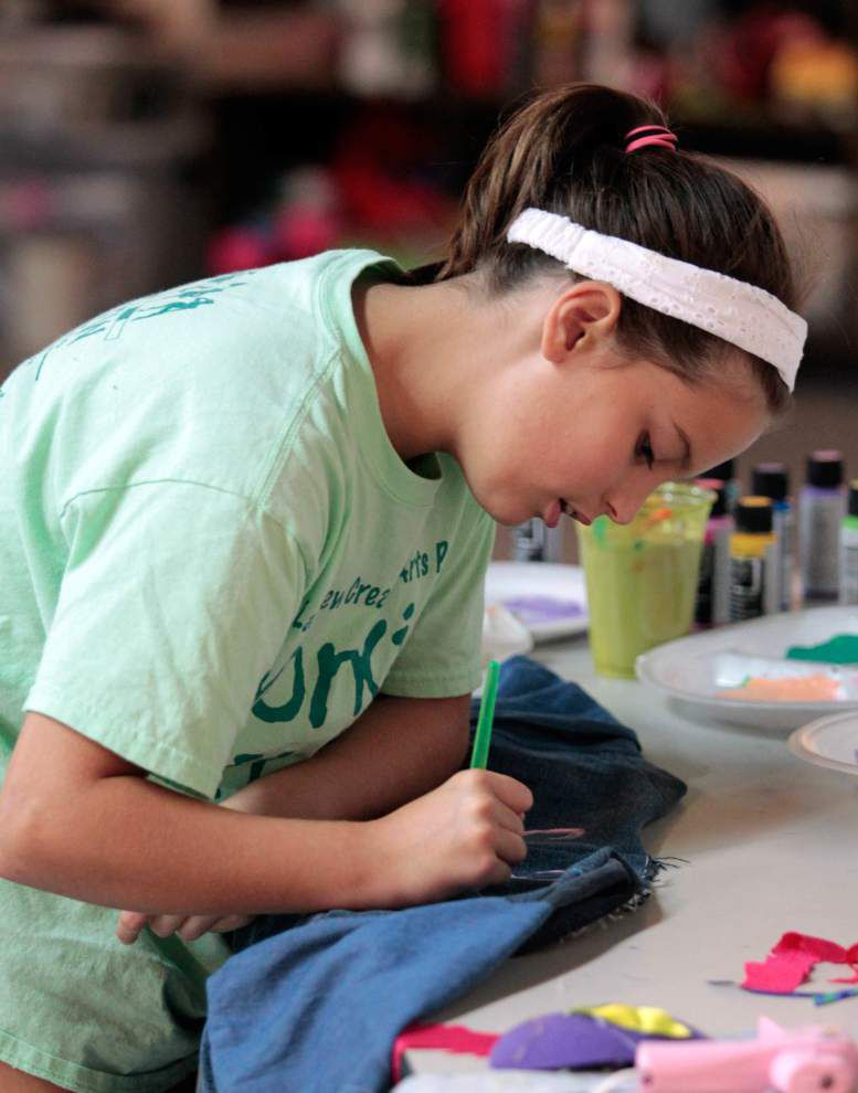 Youths find new uses for old denim _lowres