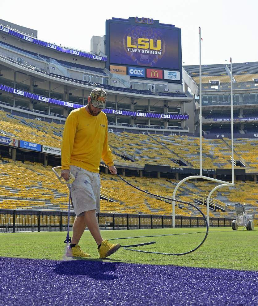 Kickoff time set for 2:30 p.m. as South Carolina to play LSU in Tiger Stadium this Saturday _lowres