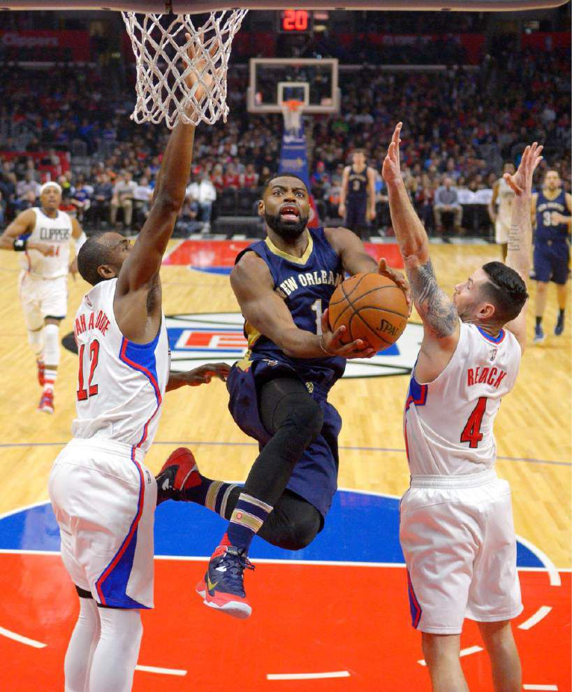 Without Anthony Davis, Pelicans get it to overtime but fall 114-111 at the Clippers _lowres