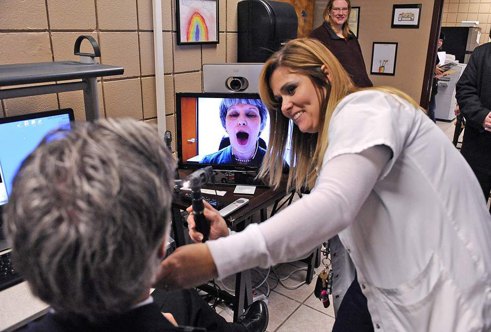 Telemedicine clinic at Carencro school helps keep students in classroom _lowres