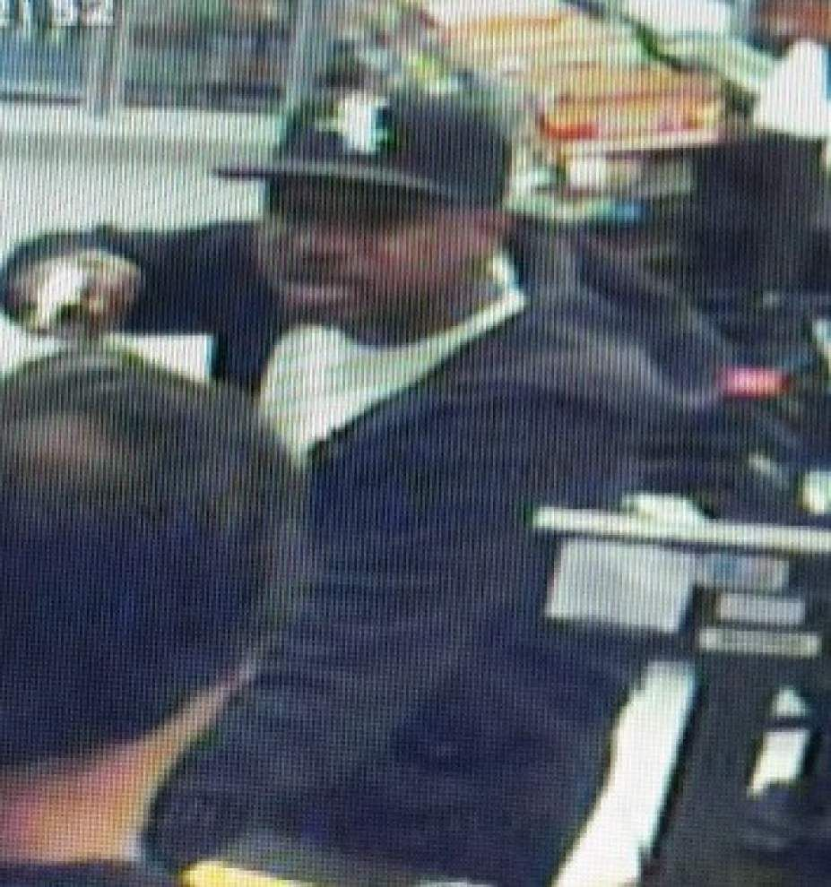 Valero gas station robbed by armed man _lowres