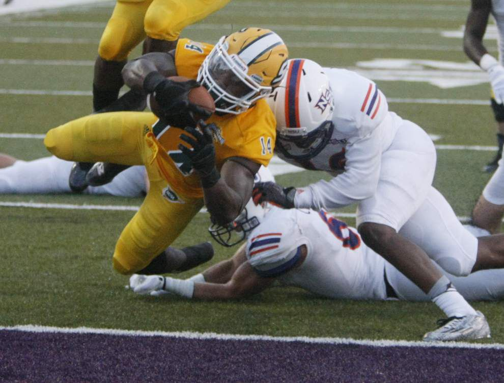 Southeastern scores 34-20 victory at Northwestern State in season opener _lowres