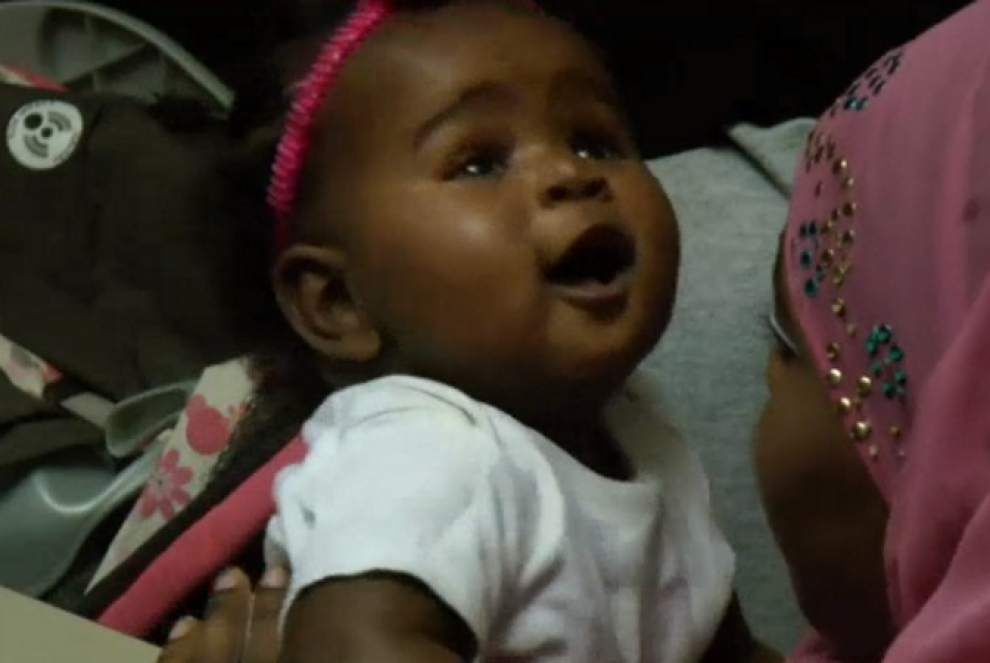 Group encourages black moms to breastfeed _lowres