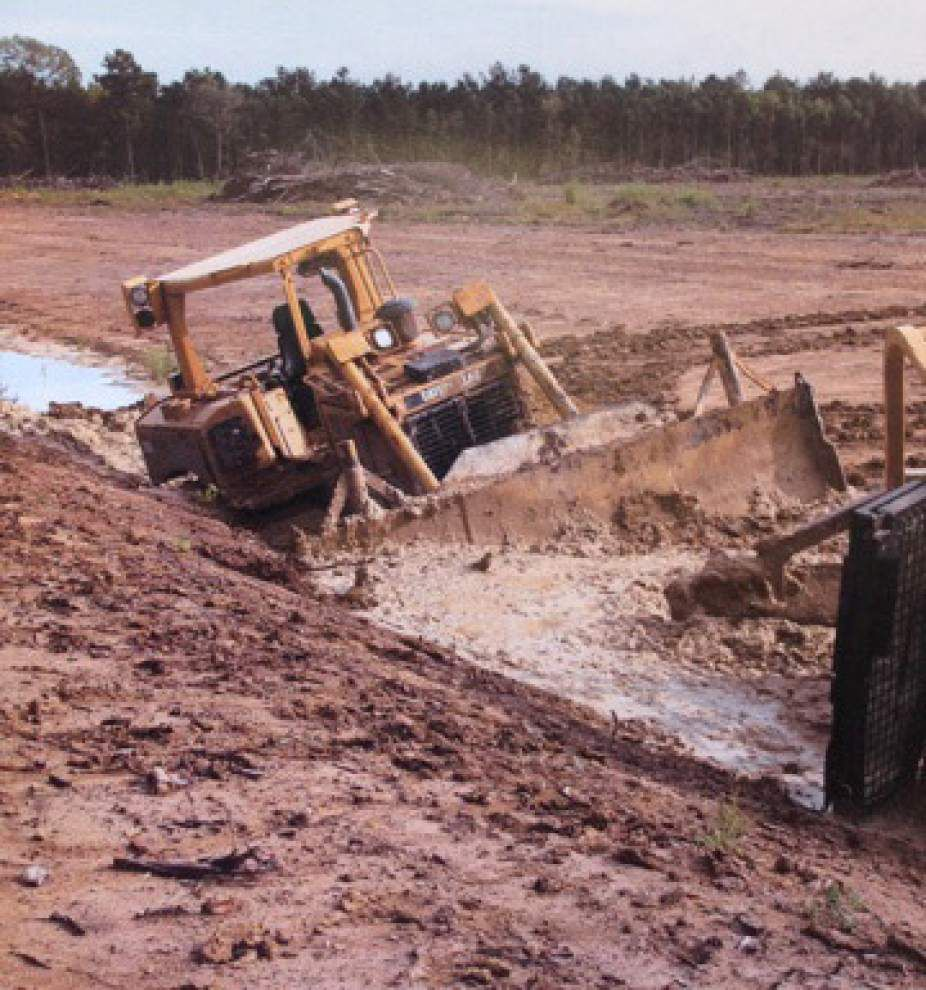 Livingston deputies searching for vandals who damaged dozers, other heavy equipment _lowres