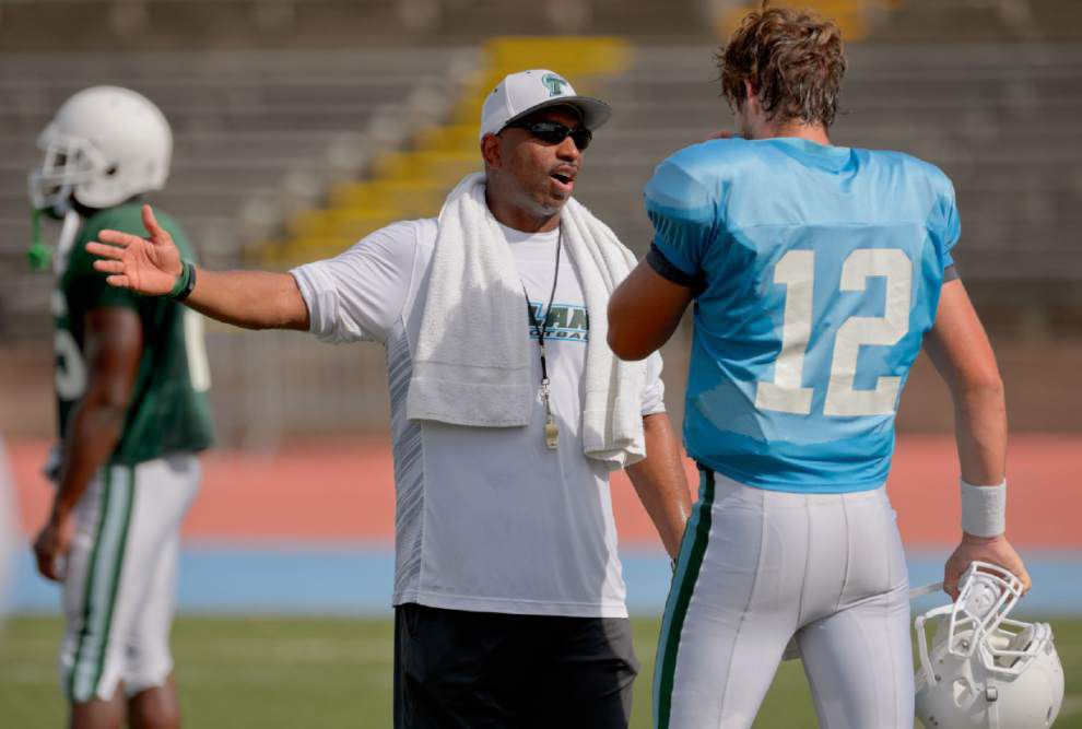 Tulane quarterback Tanner Lee does not practice Tuesday because of heat issues _lowres