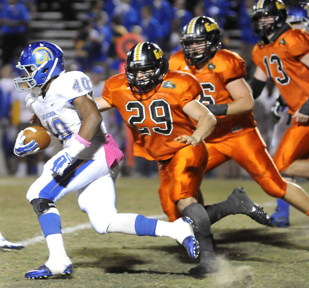 St. Amant tops EA _lowres