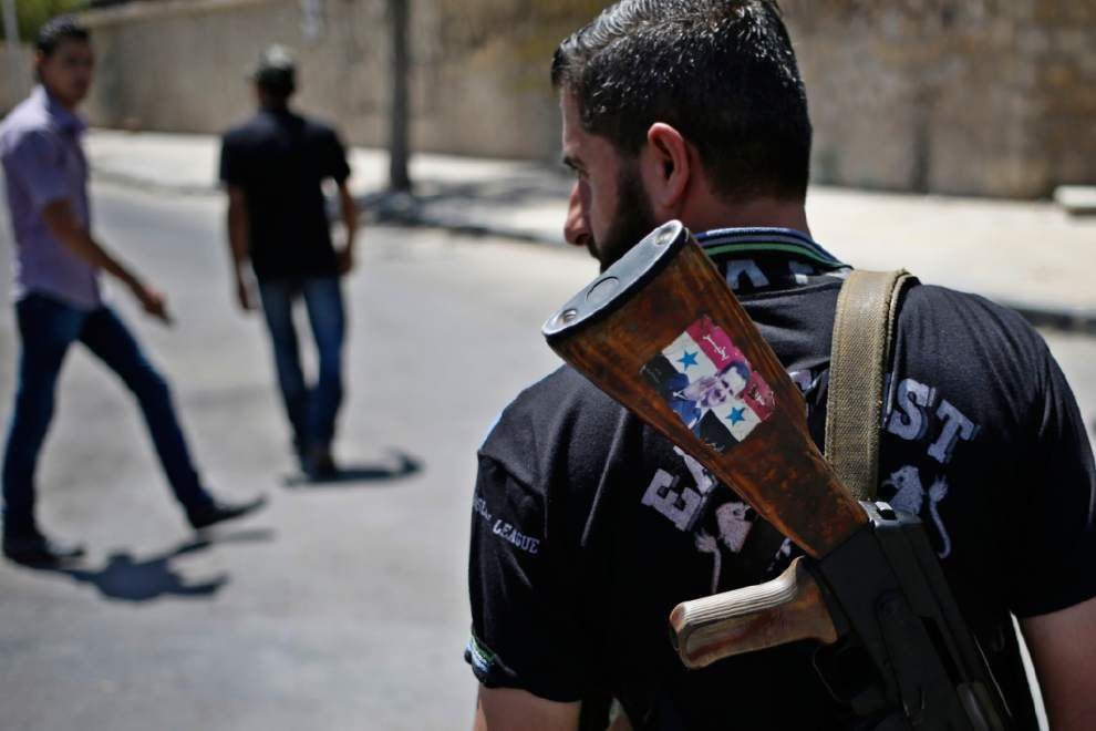 Obama seeks $500M to arm select Syrian rebels _lowres