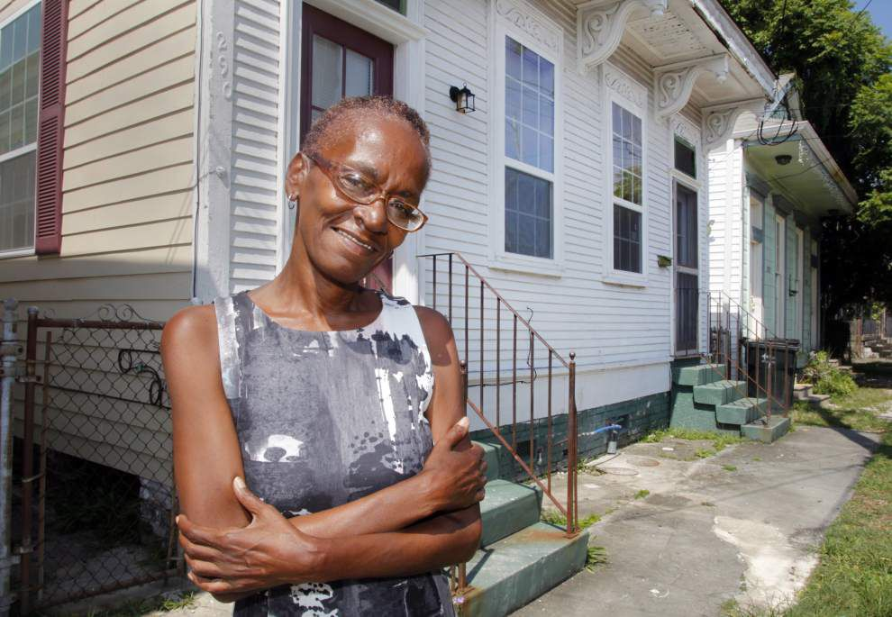 Program reinforces older houses to withstand weather and cut insurance costs _lowres