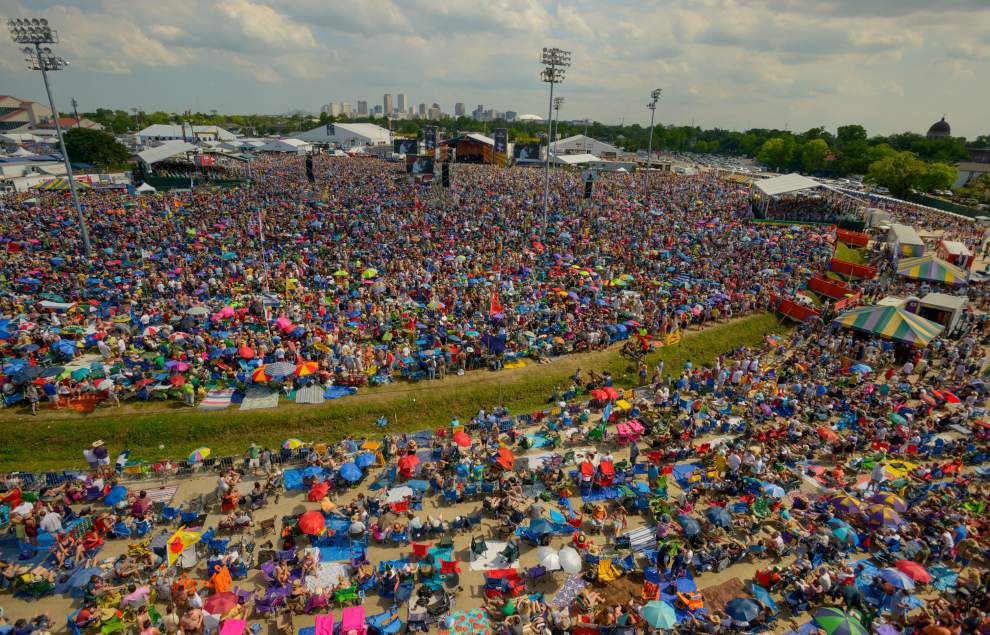Welcome to the 2016 New Orleans Jazz Fest: Mostly the same, but with a big, green difference _lowres