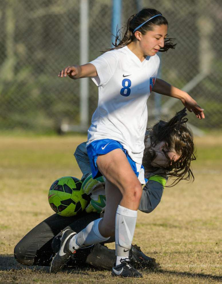 Country Day upsets No. 1 seeded Northlake Christian _lowres