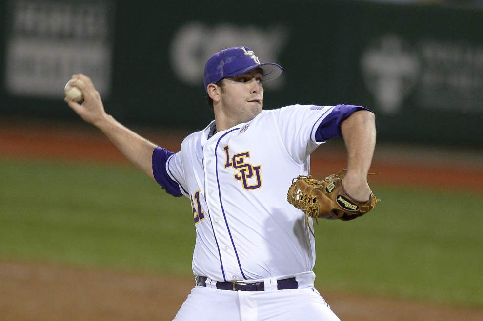 LSU relievers look to get back on track vs. Alabama _lowres