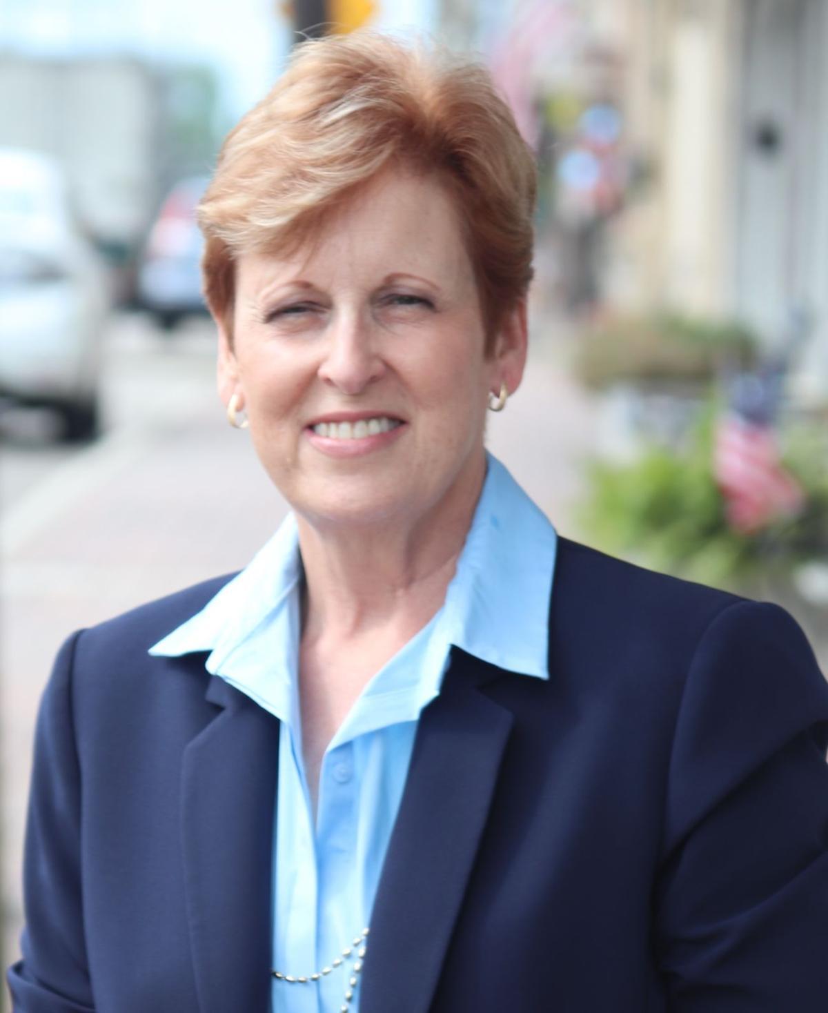 Lori Callais.JPG