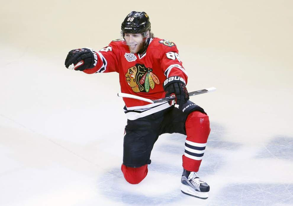 Chicago Blackhawks top Tampa Bay Lightning 2-0 to win Stanley Cup _lowres