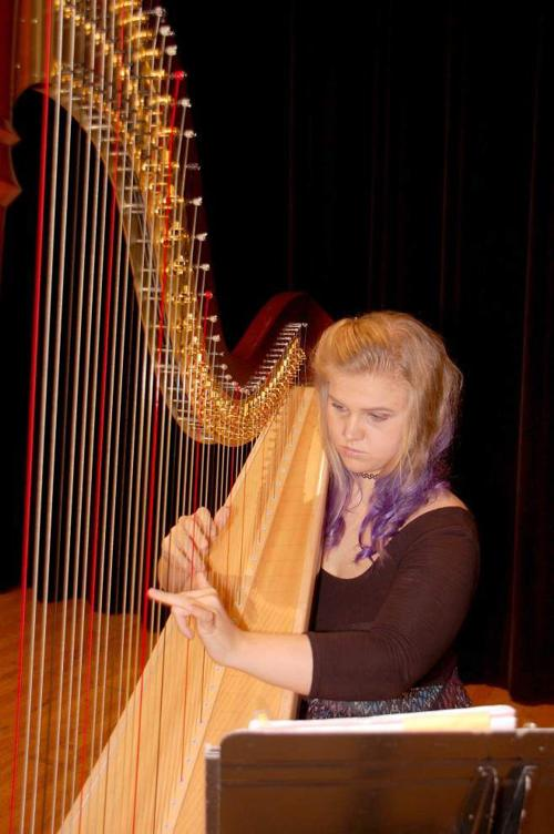 Daily practice pays off for Runnels harpist Yura _lowres