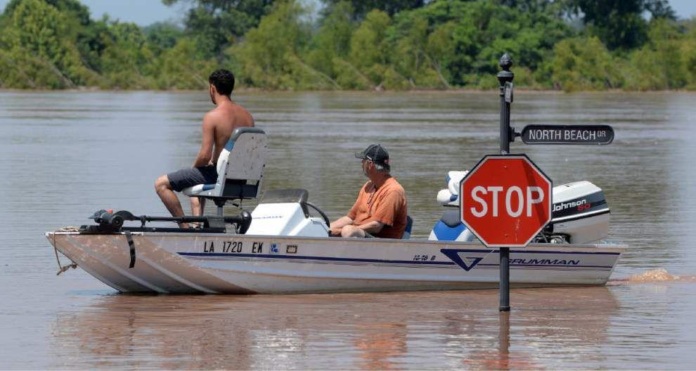 Rising Red River floods neighborhoods, parks, roads in Shreveport _lowres