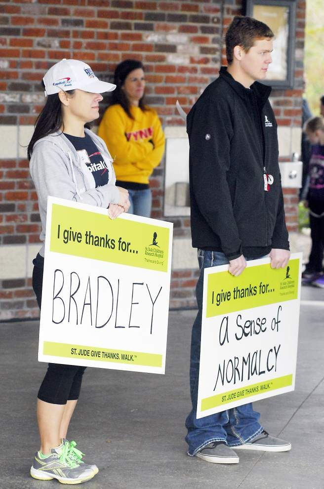 St. Jude 'Give Thanks Walk' in BR draws more than 3,000 _lowres