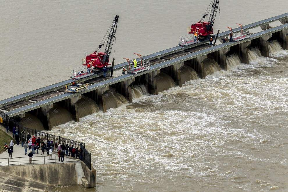 Corps of Engineers opens Bonnet Carre Spillway Sunday in response to early flood conditions _lowres