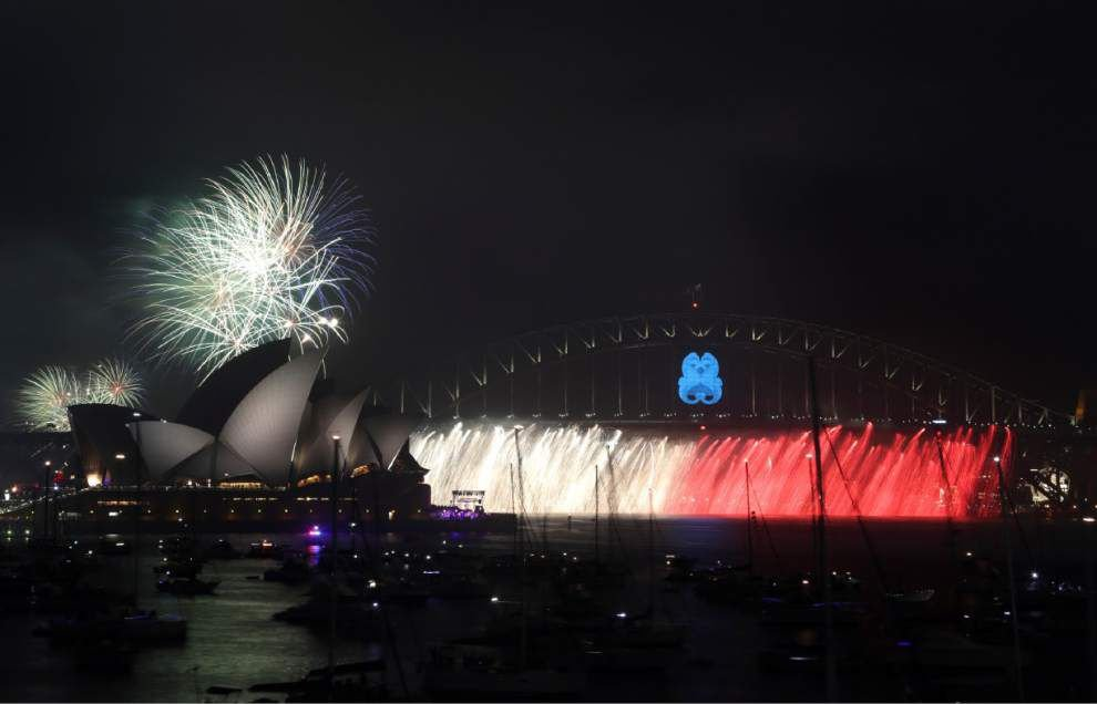 Beach parties, fireworks: World rings in new year _lowres