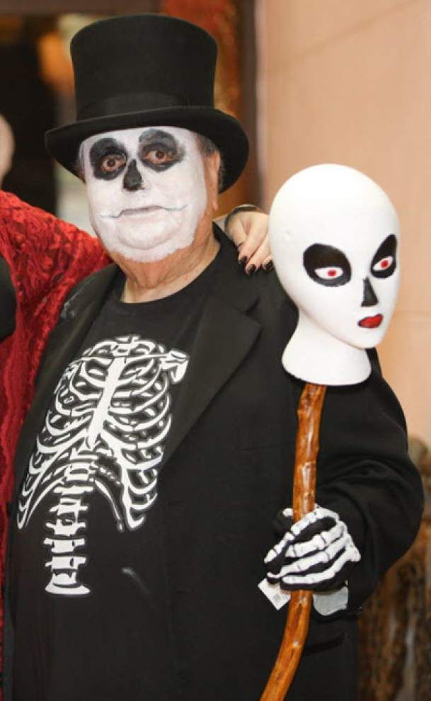 Halloween, Day of the Dead collide in BR parade _lowres