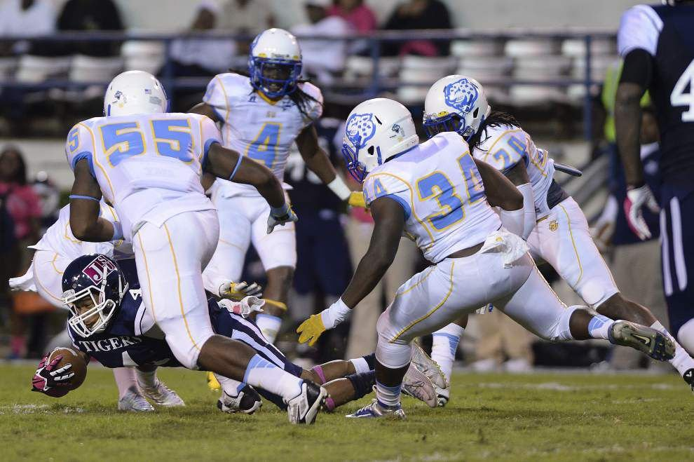 Southern defense excels on third down in 42-28 win at Jackson State _lowres